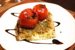 Tomates cerises confites sur croûton