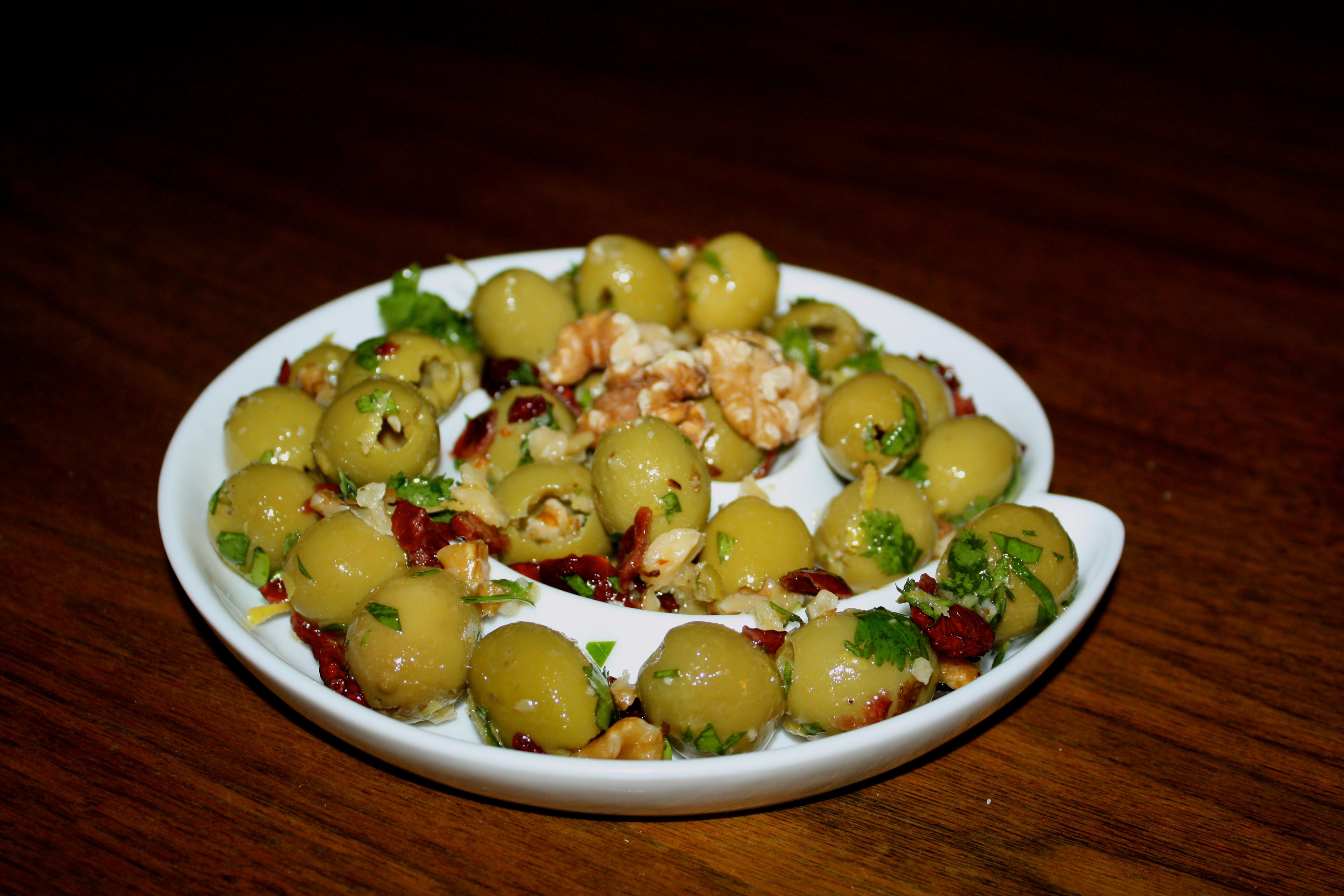 Olives aromatisées