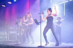 Six-All_Julie_conquérante_concert_Arena.