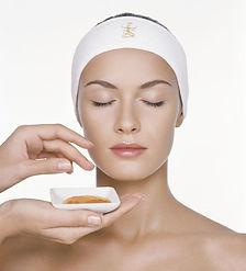 טיפלי פנים וקוסמטולוגייה