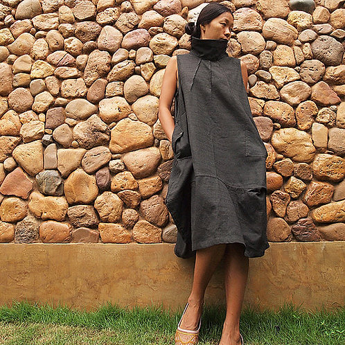Linen and cotton funnel neck tunic with pockets