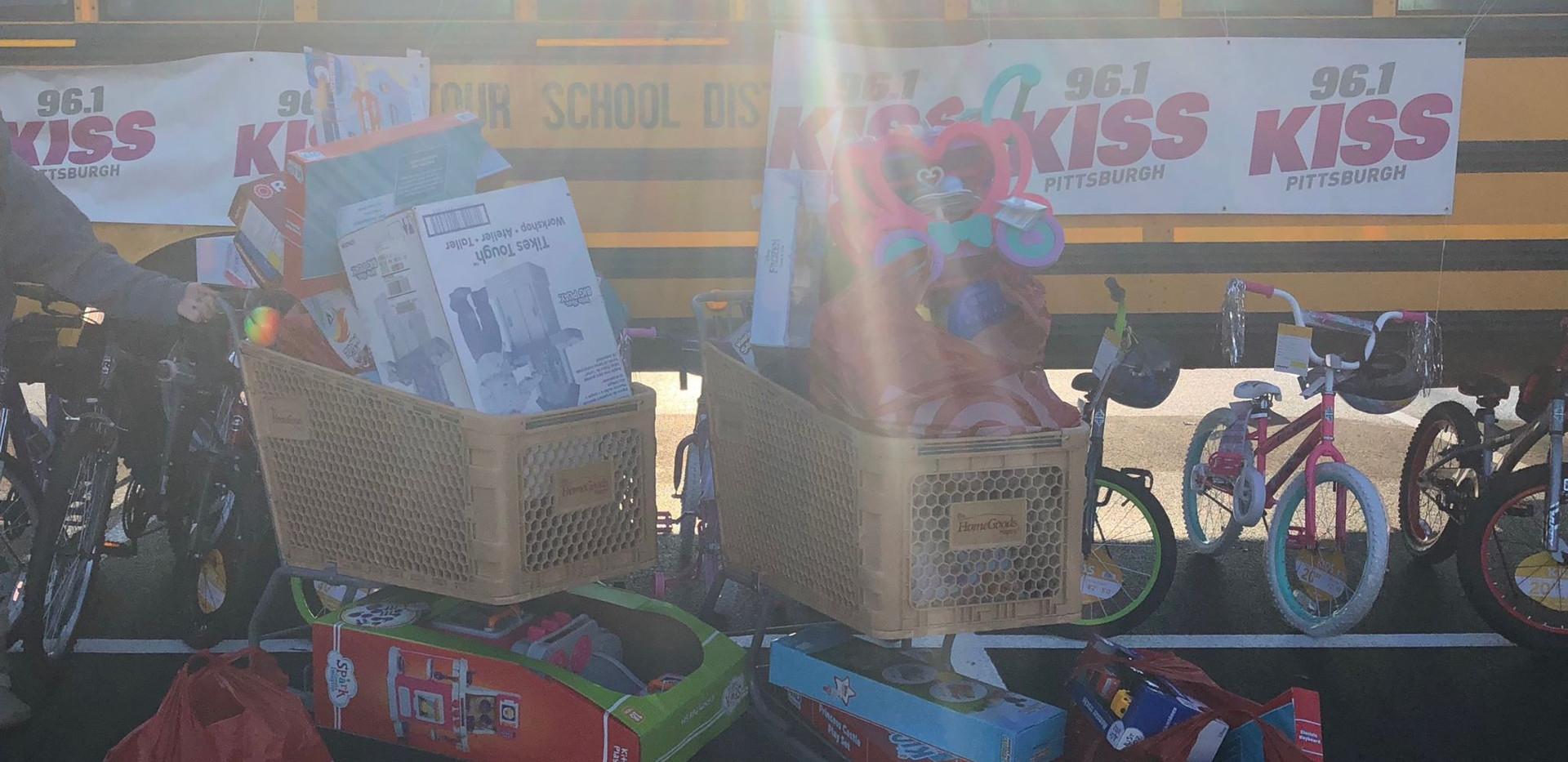 96.1's Stuff a Bus fundraiser
