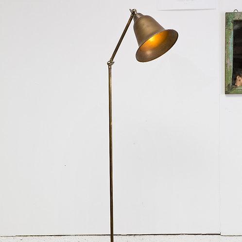מנורה עומדת פעמון