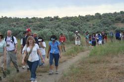 HikingupCastleRock2