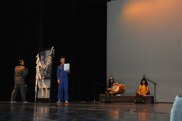 2010-KennyIna156