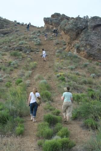 HikingupCastleRock