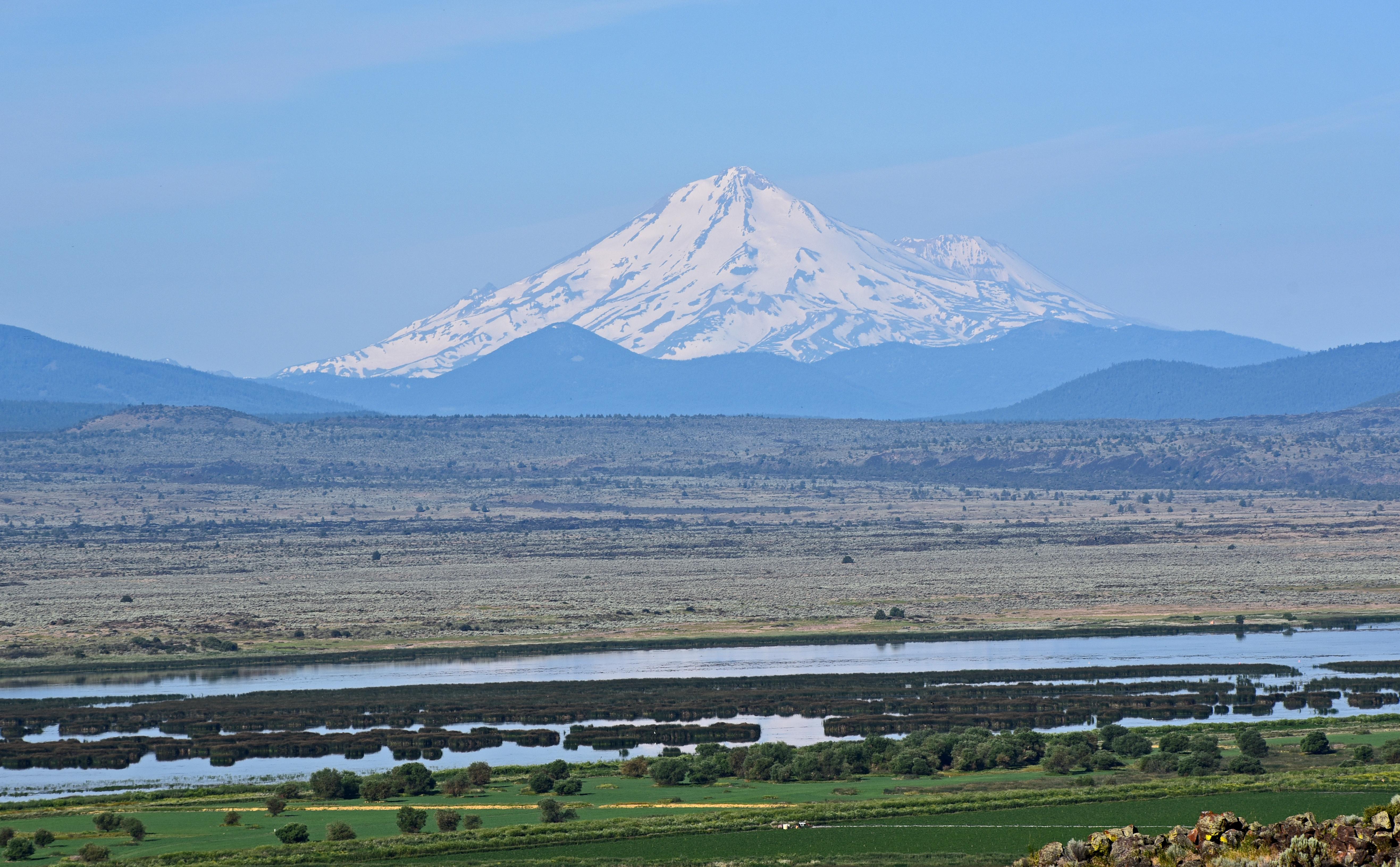 Mt_Shasta_Landscape_2
