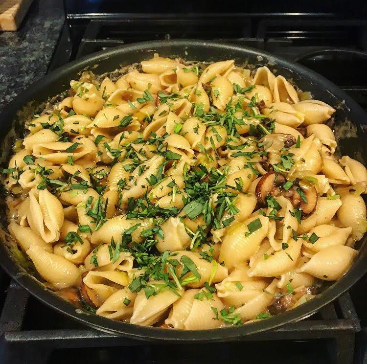 Healthy Vegan Leek and Tarragon Pasta