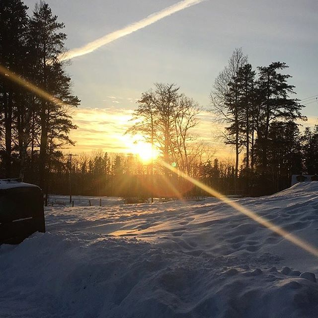 The sunsets here are gorgeous! #kamiskotia #kamiskotiasnowresort #fallinlove #comeskiwithus #comeshr
