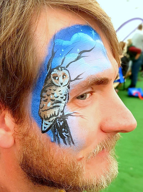 Barn Owl perching stencil