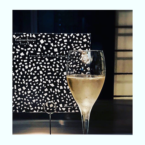 Art and Champagne