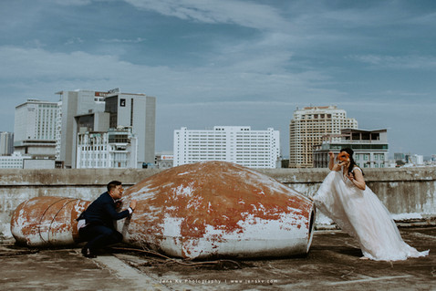 Kuala Lumpur Melaka Johor Couple Casual Pre Wedding Photography Best Top Photographer Love Romantic Happiness Malaysia Style Bride Groom Rooftop