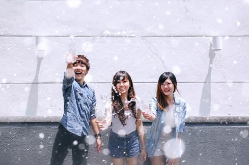 Malaysia Kuala Lumpur Melaka Johor Photography Top Best  Photographer Multimedia University MMU Pre Graduation Group Photo Creative Fun Crazy Craziness Happiness Drama Dramatic Portrait Water Splash