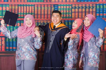 Kuala Lumpur, Melaka, Johor, Singapore, Convocation, Graduation, Family, Friends, Brother, Sister, Group Photo, Chinese New Year, Photography, Top, Best,  Photographer, Malaysia, Jens Kv, Minimalist, Simple, Casual, Malay