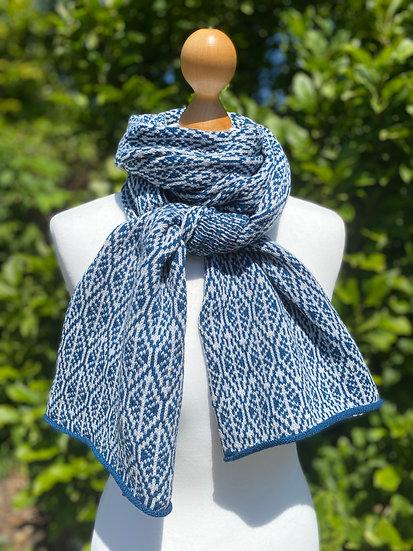 Blue geometric leaf scarf