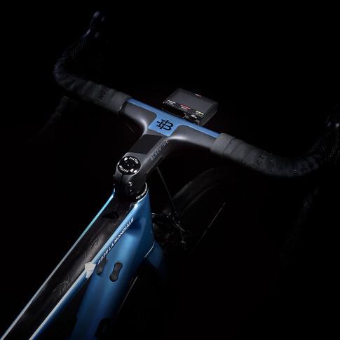 IX blue_01.jpg