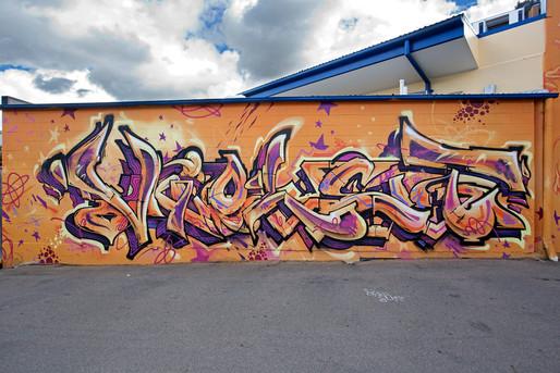 Violet piece sofles bsaf.jpg
