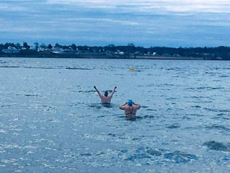 Chilly swim, St Lawrence River