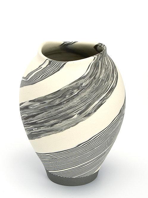 Small vase 01