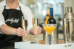 server-perparing-drinks.jpg