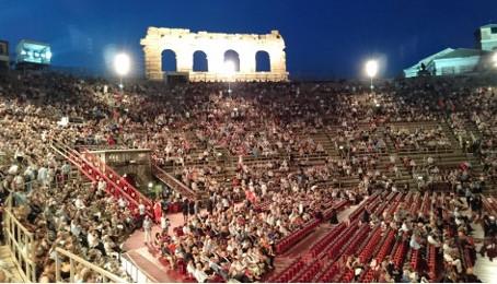 アレーナ・ディ・ヴェローナでオペラを見てきました!