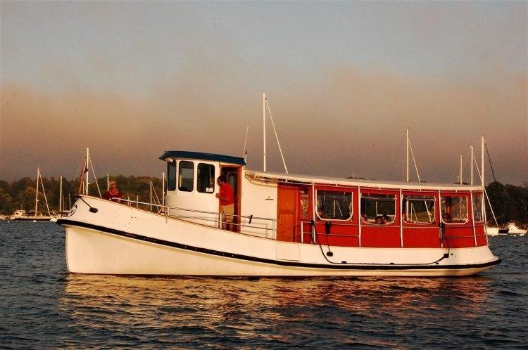 Newport-Dinner-Cruise-e1582737920342.jpg