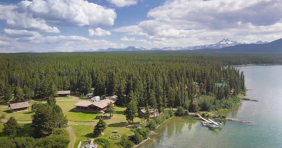 Chanuigan Lake Lodge