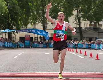 Andy Vernon winning the British 10K road championships in in 2015 in a time of 28 minutes and 38 seconds.