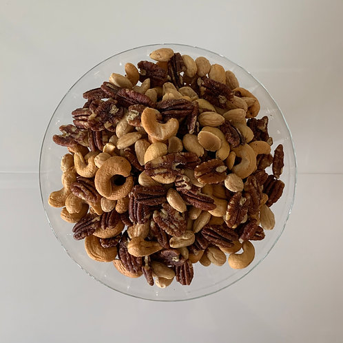 Deluxe Fresh Roasted Assorted Nuts (1 Lb.)