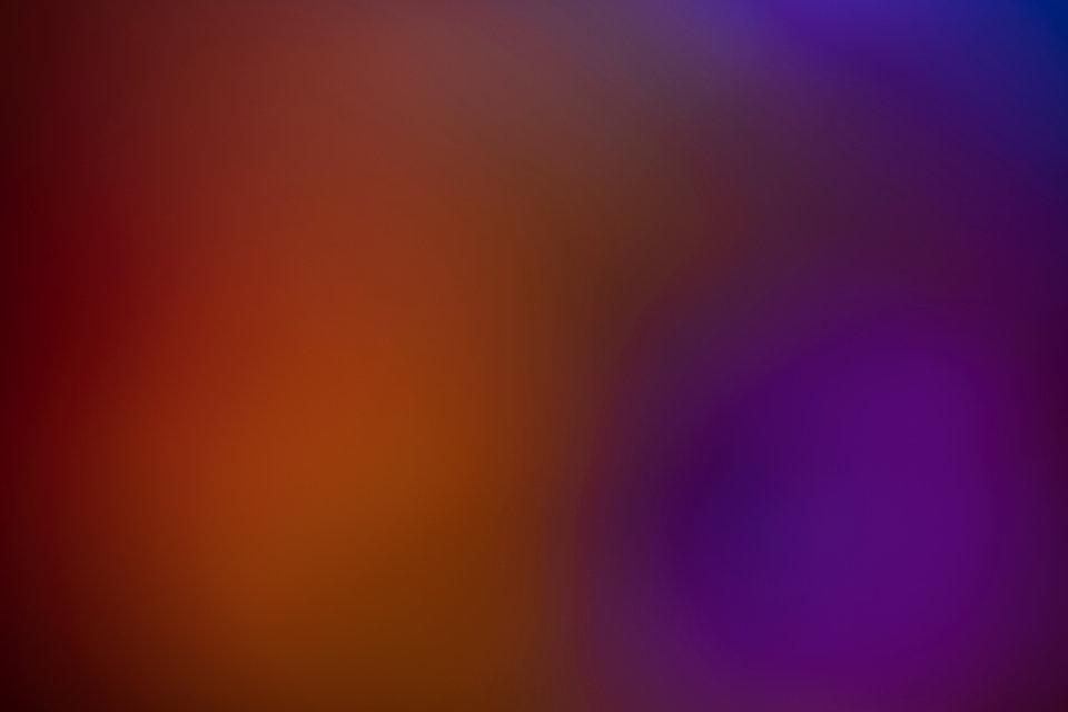 gradient-orange-and-violet-copy-space-ne