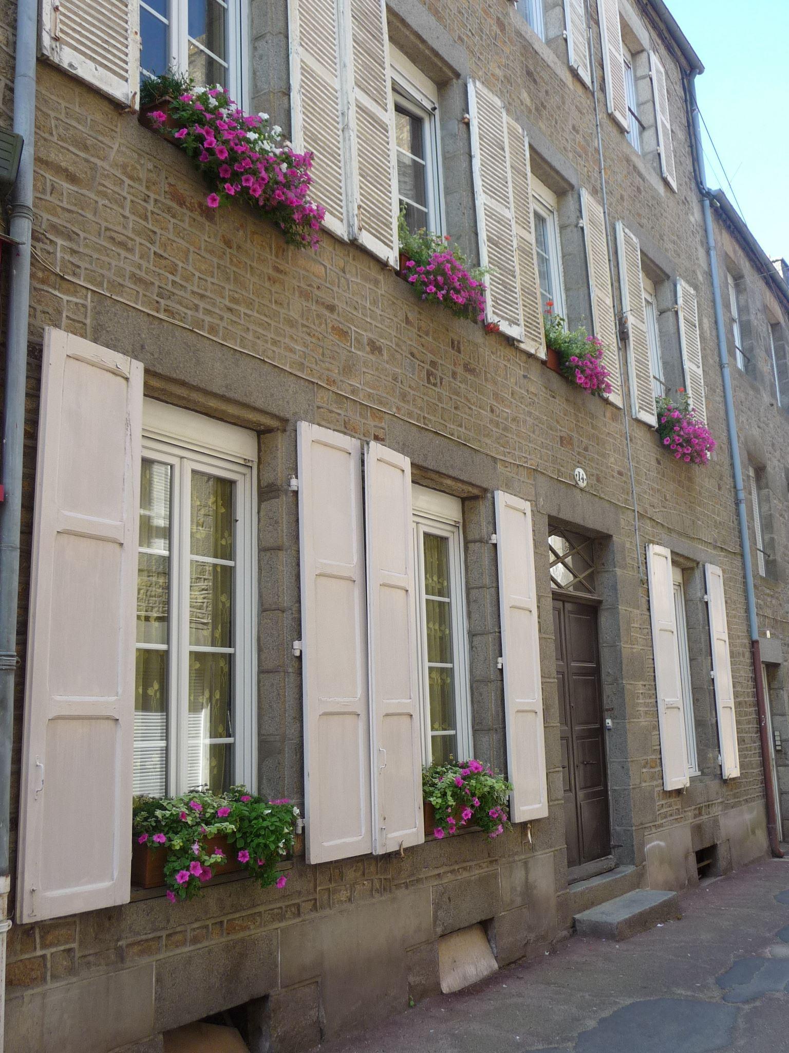 14 Rue pomme d'or_compressed