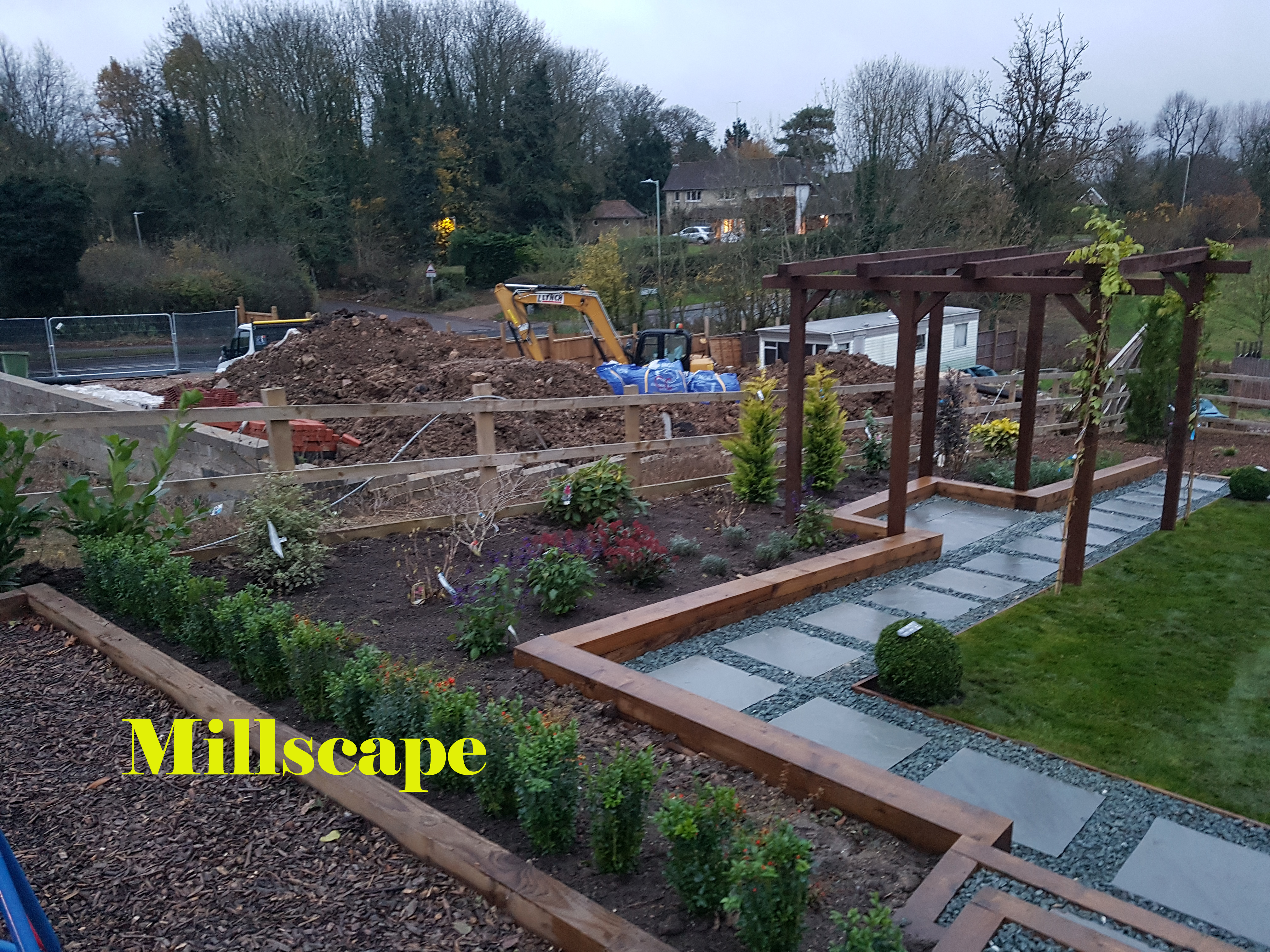 design ,landscaping ,Elstree ,Planting ,composite decking ,Millscape