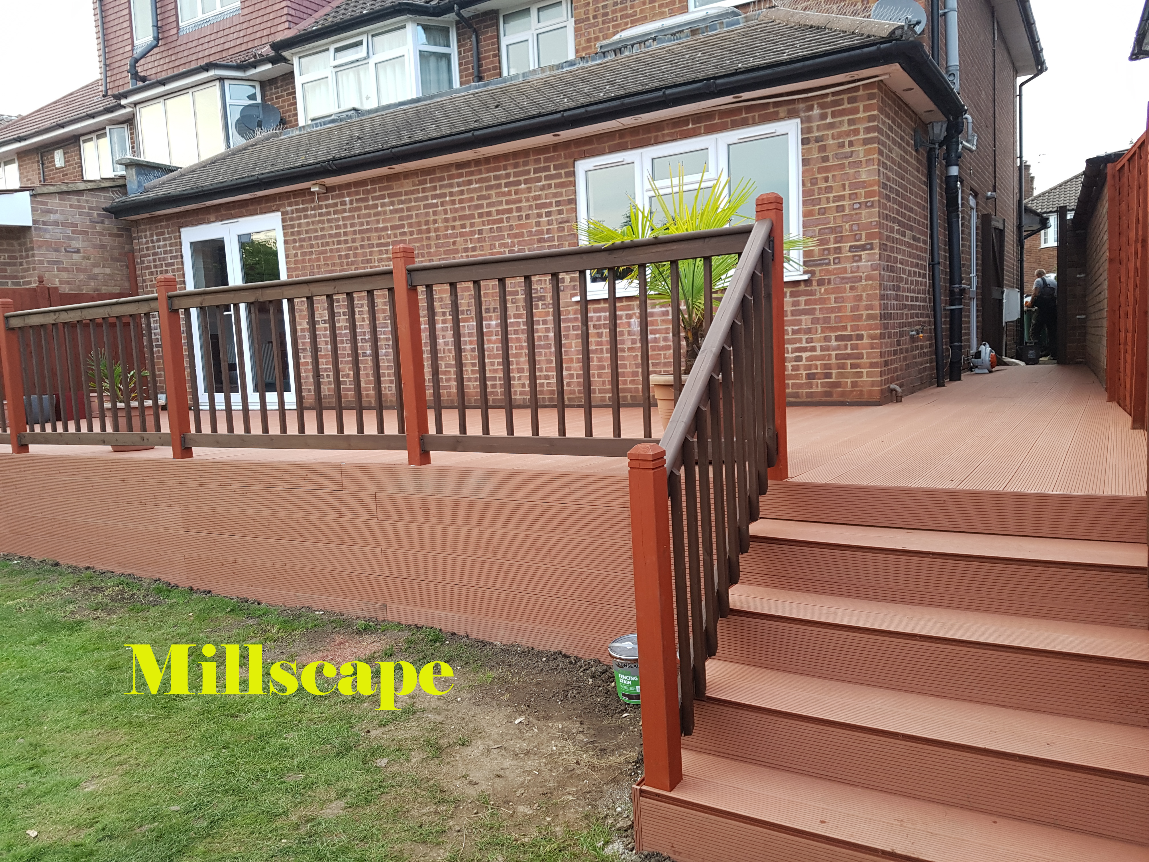 Composite decking Edgware Design