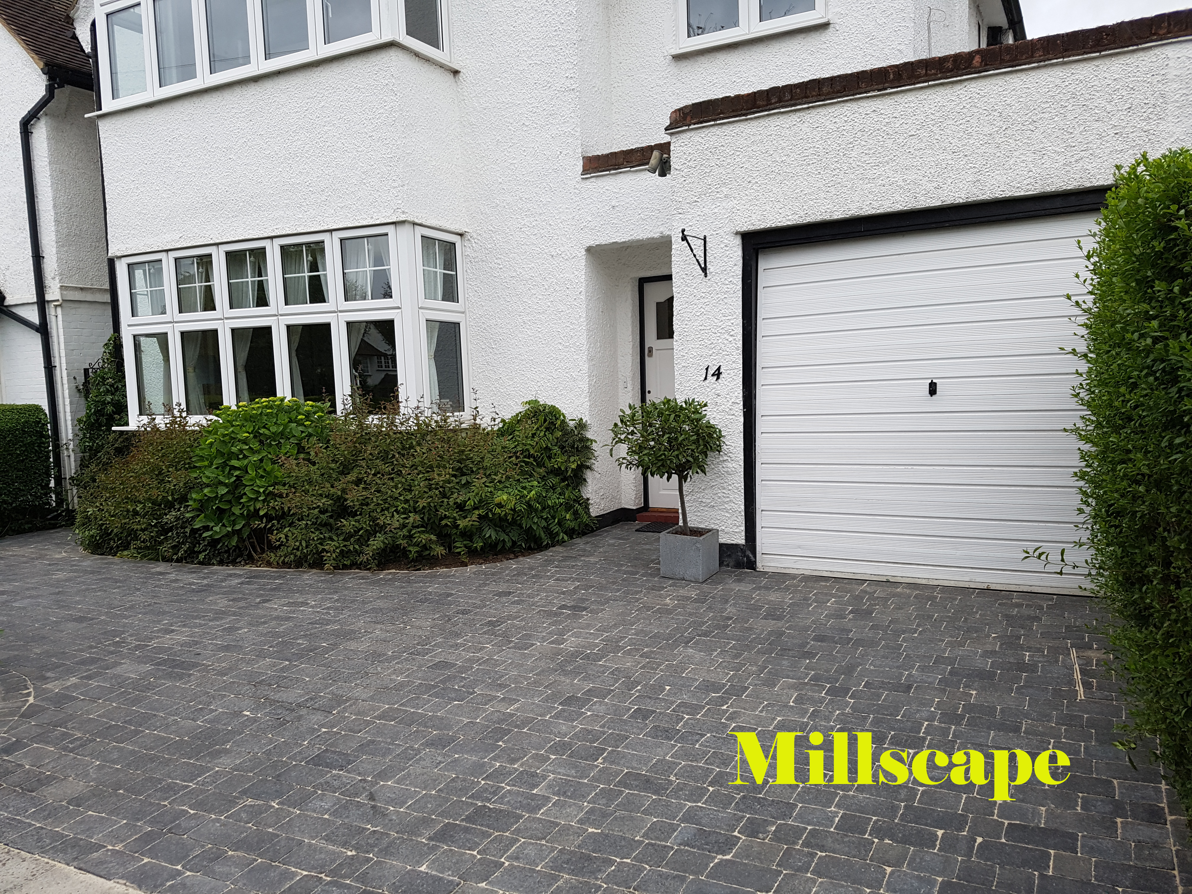 Driveway Mill hill Landscaping