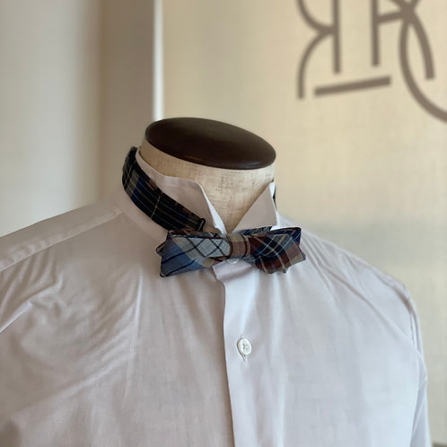 wool bowtie - pointed/blue check