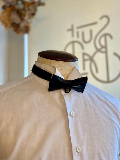 leather bowtie /black