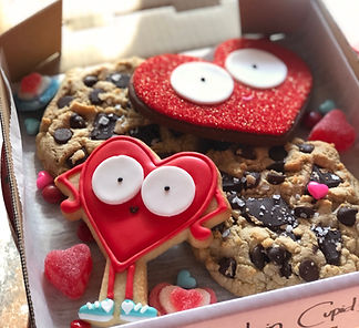 SDB Cupid's Chase Valentine cookie box-2