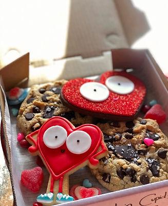 SDB Cupid's Chase Valentine cookie box-r