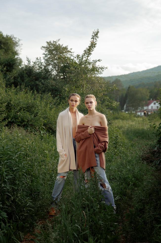 Faith Lynch and Jena Goldsack, 2019