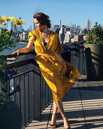 Сукня-сорочка з воротом жовта