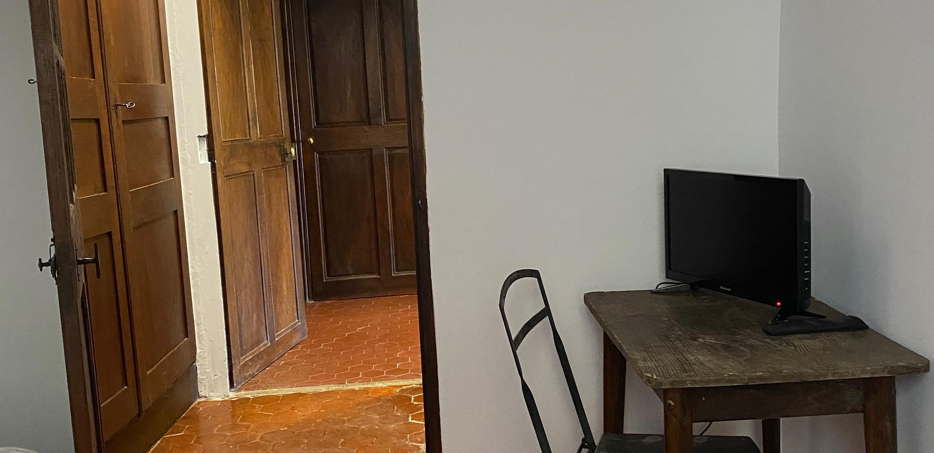MAISON LEONARD DU VENTOUX-Chambre Elisab