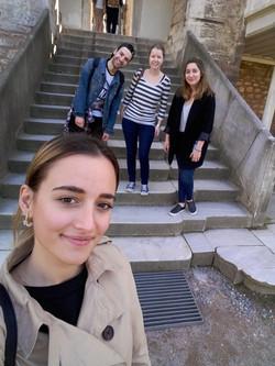 Gruppenfoto_Treppen