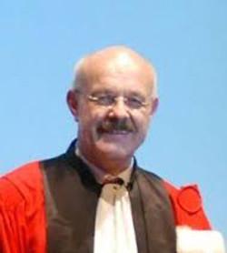 Prof Dr. J.  Wolf Uni Kiel