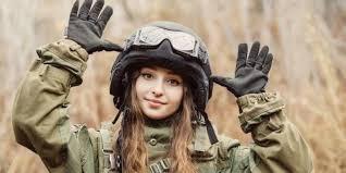 Bild2_Soldatin