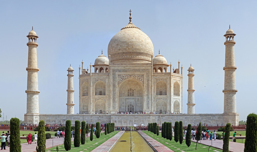 Taj_Mahal_2012.jpg
