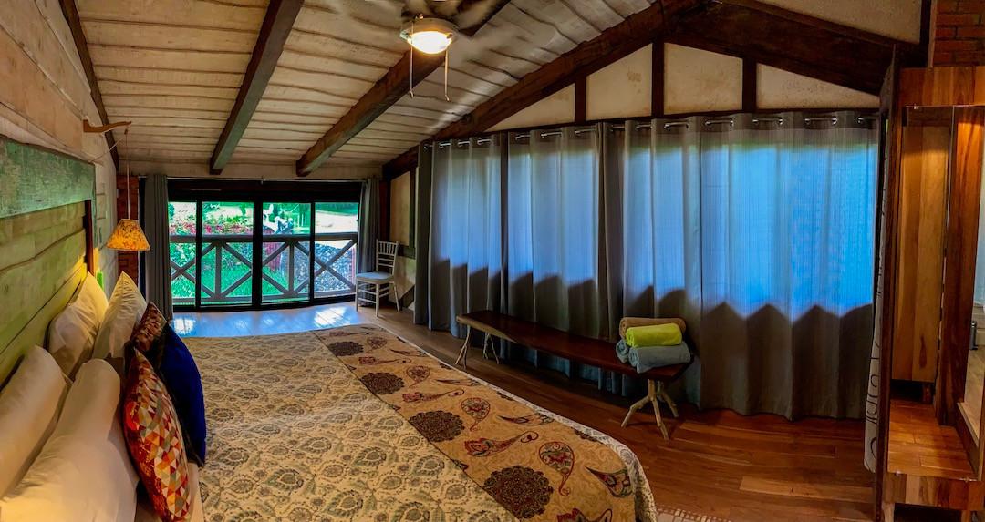 Elote Latica Lodge