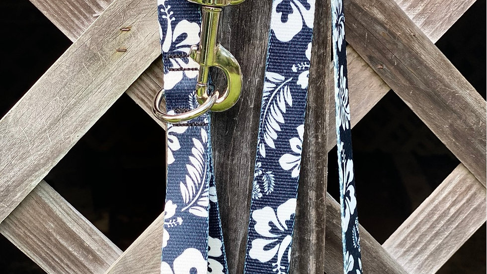 Black Hibiscus pet leash