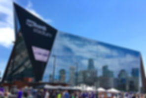 800px-US_Bank_Stadium_-_West_Facade.jpg