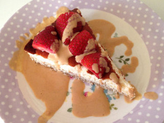 Healthy Cheese Cake with a PPB Sauce