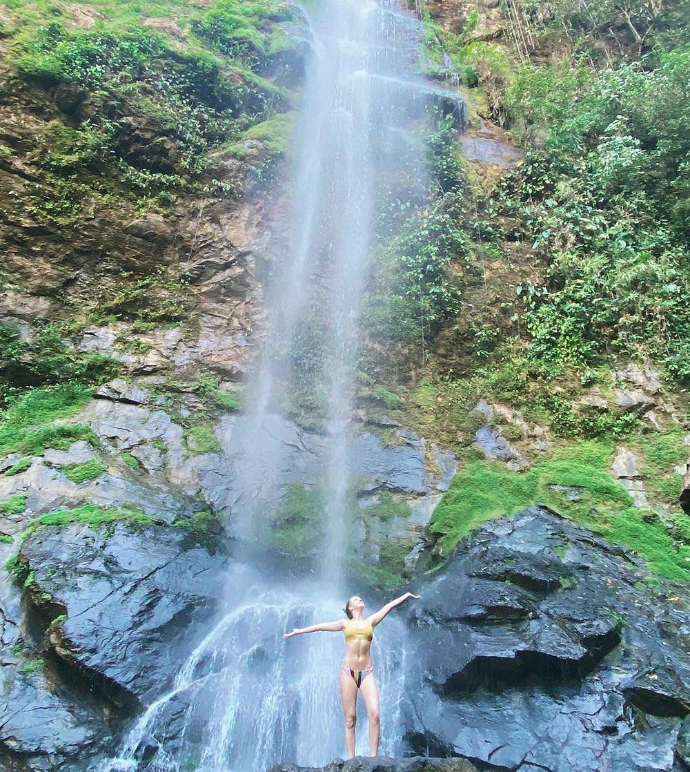yoga teacher training in costa rica waterfall